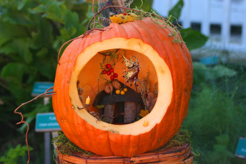 Fairy House Pumpkin Fairy