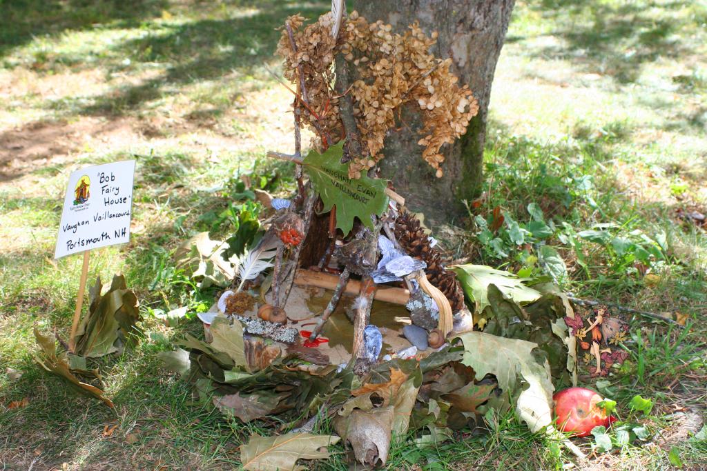 Fairy House 10 Leaves Fairy