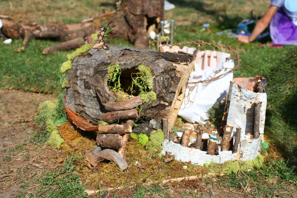 Fairy House 16 Log Fairy