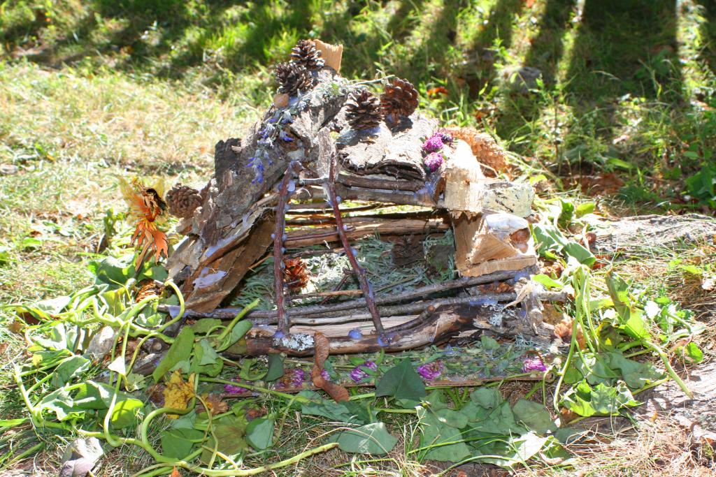 Fairy House 25 Gold Fairy